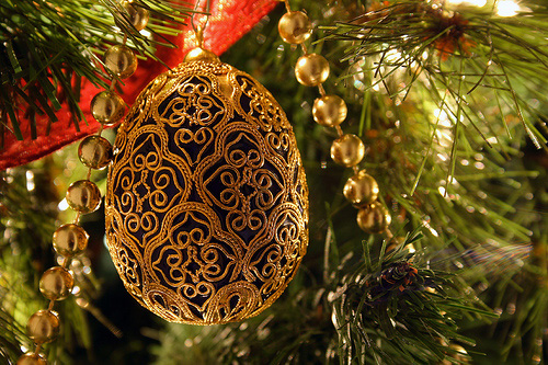 egg-ornament