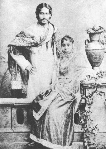 Tagore with wife Mrinalini