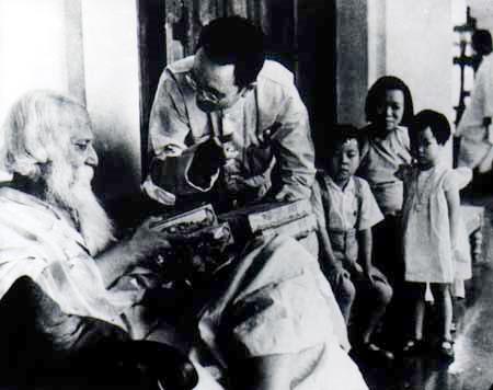 Rabindranath Tagore with Prof. Tan Yun Shan